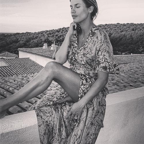 Elisabetta Canalis tra pubblico e privato su Instagram 21