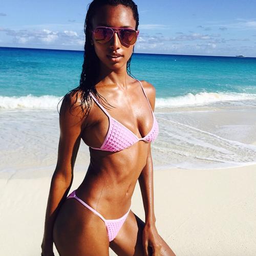 Victoria's Secret tra curvy e magre 38