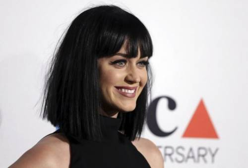 Katy Perry, sexy e ricca: 135 milioni di dollari nel 2015 5