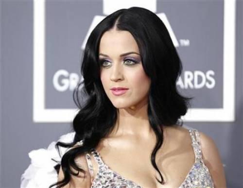 Katy Perry, sexy e ricca: 135 milioni di dollari nel 2015 15
