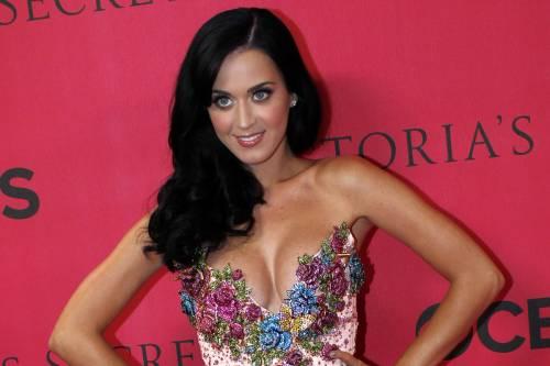 Katy Perry, sexy e ricca: 135 milioni di dollari nel 2015 27
