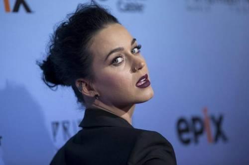Katy Perry, sexy e ricca: 135 milioni di dollari nel 2015 33