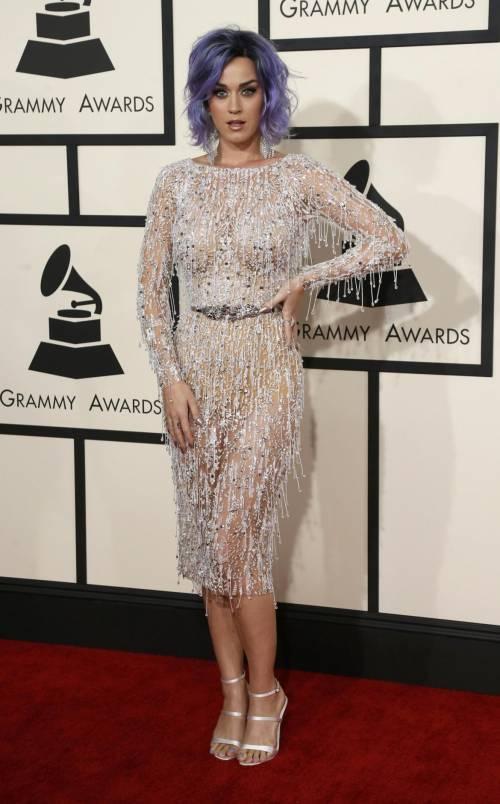 Katy Perry, sexy e ricca: 135 milioni di dollari nel 2015 37