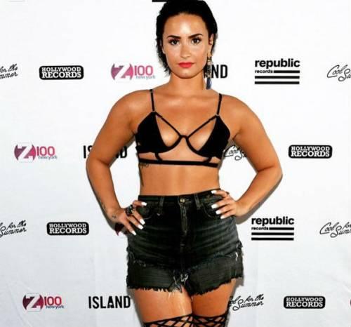 Demi Lovato in Instagram 3