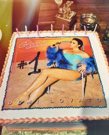 Demi Lovato in Instagram 10