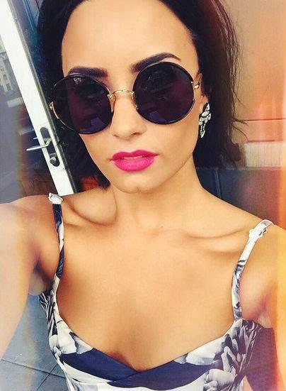Demi Lovato in Instagram 8