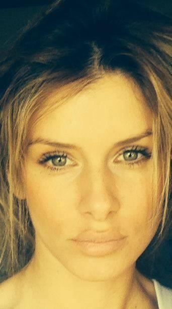Playmate in manette: Slobodanka Tosic accusata di tentato omicidio 23