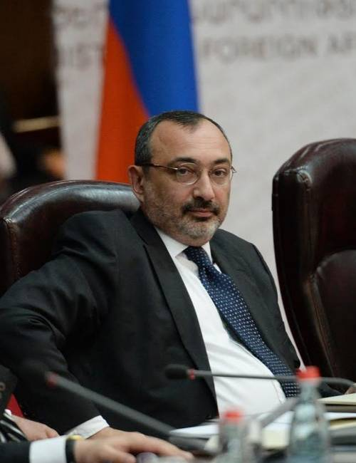 "Mirzoyan:""L'Azerbaijan non cerchi lo scontro con il Nagorno Karabakh"""