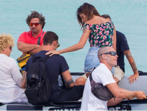 Belen Rodriguez e Stefano De Martino al mare 5