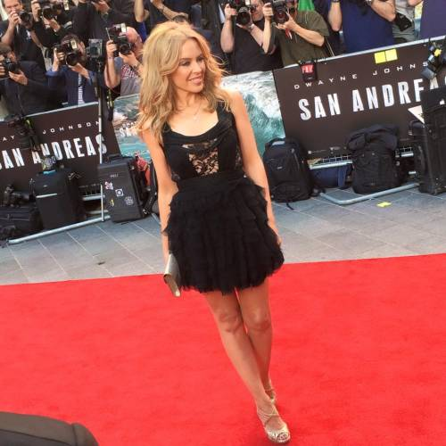 Chris Martin, solo bionde e sexy: addio a Jennifer Lawrence, ora Kylie Minogue 13