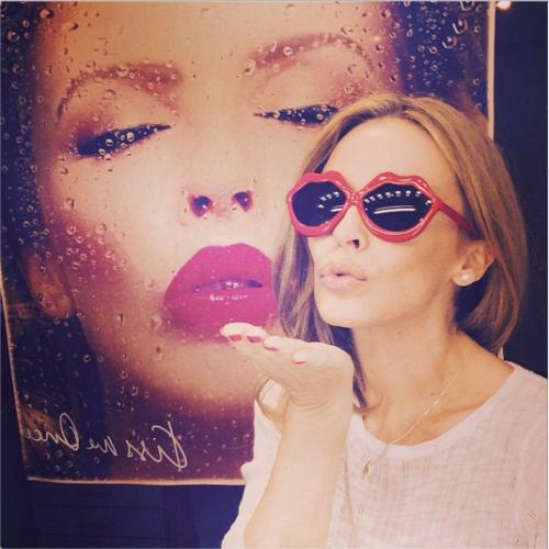 Chris Martin, solo bionde e sexy: addio a Jennifer Lawrence, ora Kylie Minogue 12
