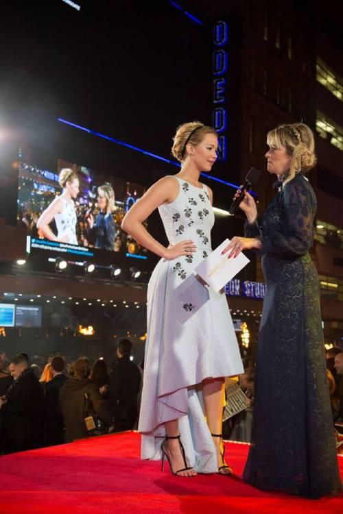 Chris Martin, solo bionde e sexy: addio a Jennifer Lawrence, ora Kylie Minogue 43