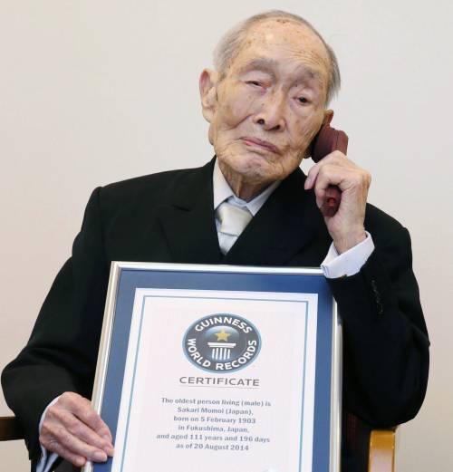 Morto l'uomo più anziano al mondo