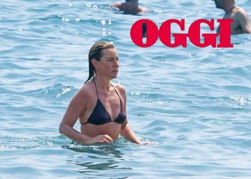La Mogherini al mare mentre la Grecia votava 2