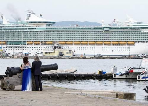 """Allerta terrorismo nei porti: """"Innalzate misure sicurezza"""""""