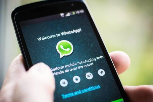 """""""Whatsapp a pagamento da sabato"""". Ma è una bufala"""