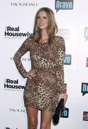 Nicky Hilton: abito bianco sexy ma sobrio per la sorellina di Paris  9