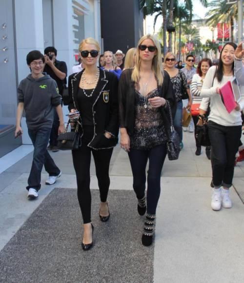 Nicky Hilton: abito bianco sexy ma sobrio per la sorellina di Paris  23