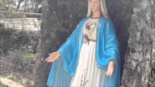 Blasfemia a Venezia: feci contro una Madonnina