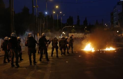 Gli scontri in piazza Syntagma 3