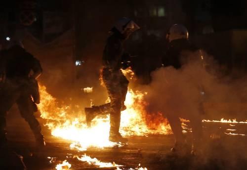 Gli scontri in piazza Syntagma 5