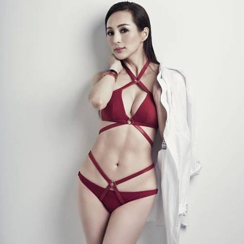 Candy Lo: modella cinquantenne dal corpo di ragazza 5