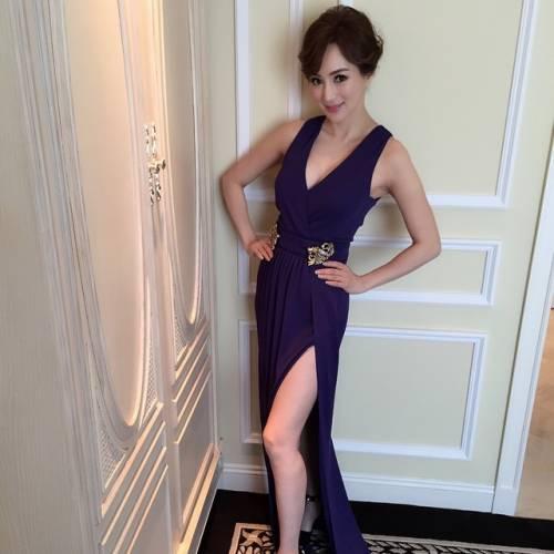 Candy Lo: modella cinquantenne dal corpo di ragazza 12