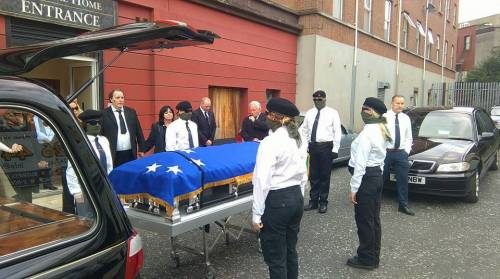 Il funerale di Peggy O'Hara 4