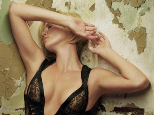 Charlize Theron e Christina Hendricks 14