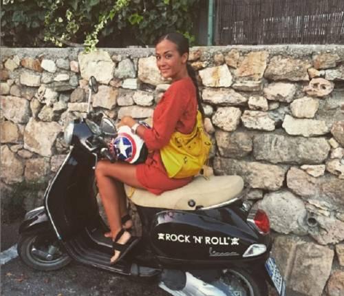 Giorgia Palmas e Vittorio Brunotti, amore in Sardegna e nozze in vista 12