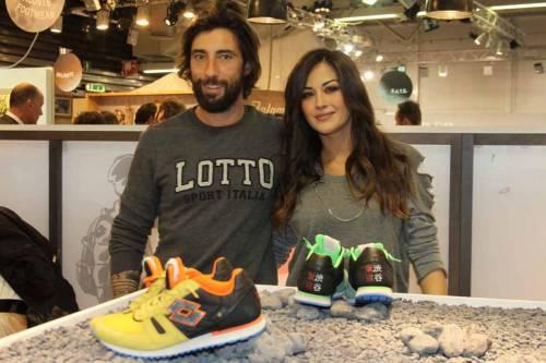 Giorgia Palmas e Vittorio Brunotti, amore in Sardegna e nozze in vista 15