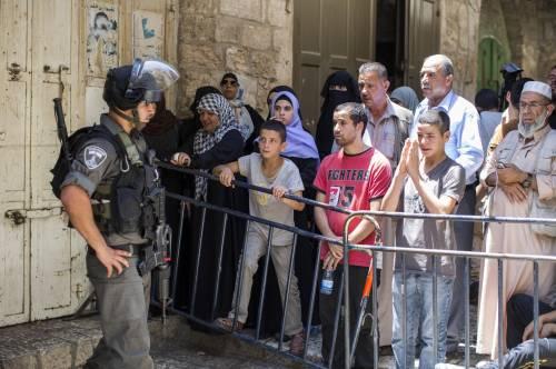 Scontri a Gerusalemme sulla spianata delle moschee 5