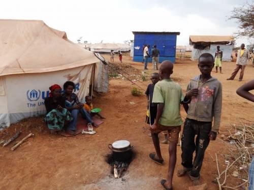 Il campo profughi di Mahama  5