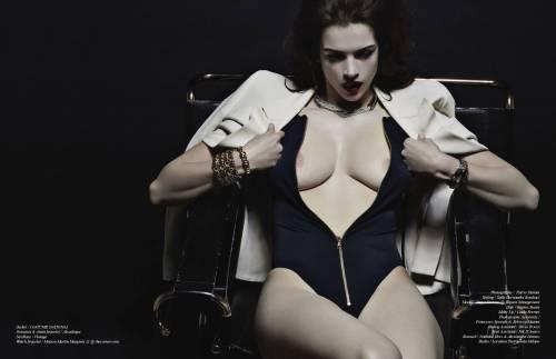 Tanya, modella curvy italiana a New York 7