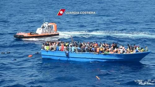 Migranti, un'altra tragedia: annegano 3 bimbi in mare