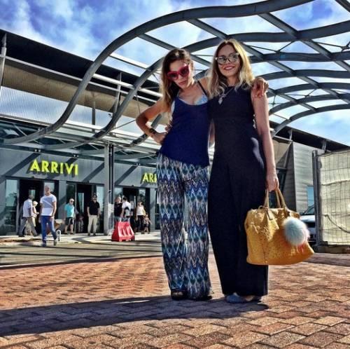 Naike Rivelli e Yari Carrisi: amore benedetto dalle mamme 18