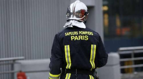 Parigi, maxi incendio 4