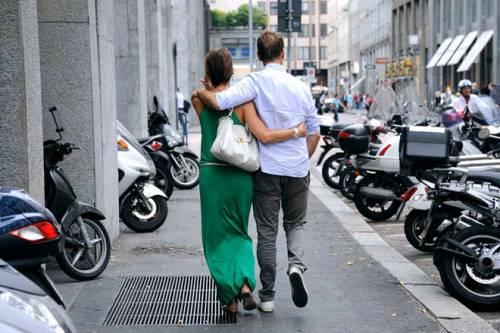 Rocco Siffredi e Rosa Caracciolo, la vacanza diventa sexy: lui nudo, lei in topless 5