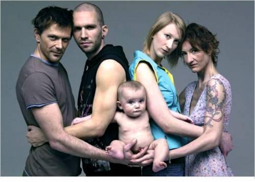 Il terzetto gay ora vuole adottare un bambino