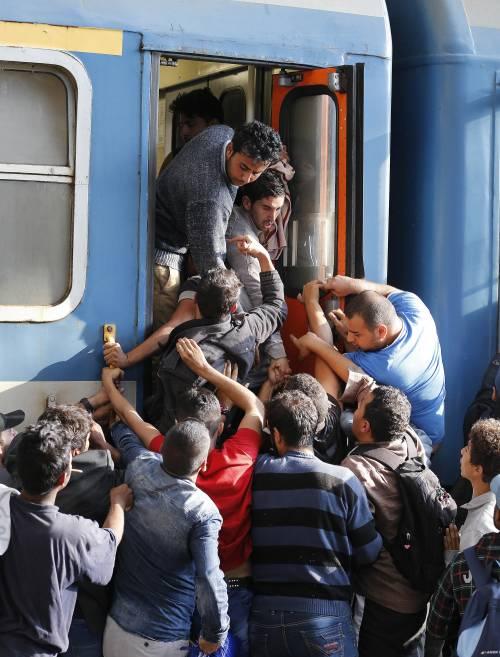 L'assalto del treno a Budapest 7