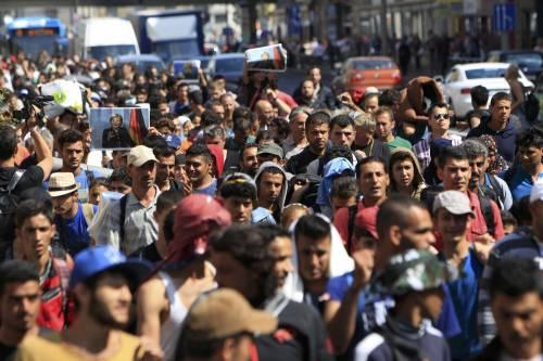 La marcia a piedi dei profughi 6
