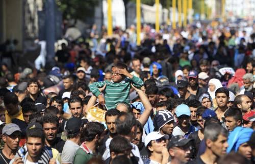 La marcia a piedi dei profughi 16