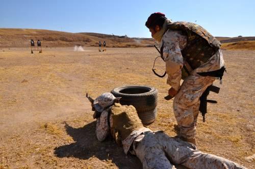 Così i parà addestrano i curdi a Erbil 3