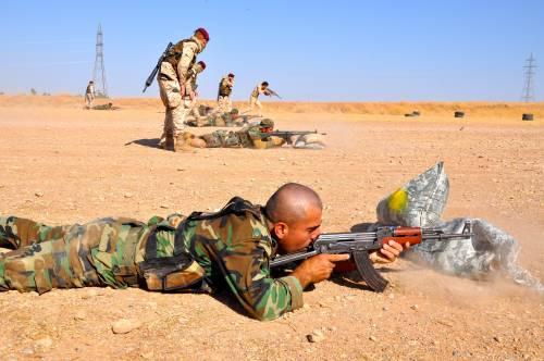 Così i parà addestrano i curdi a Erbil 2