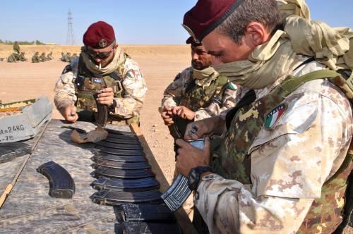 Così i parà addestrano i curdi a Erbil 21