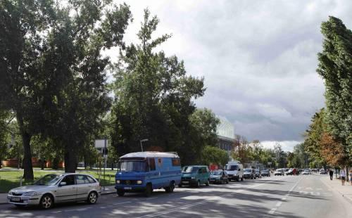 Il convoglio d'auto diretto in Ungheria 2