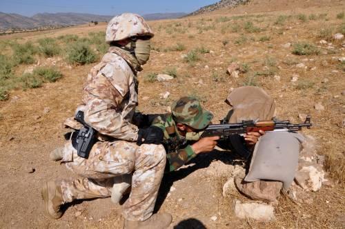 I parà addestrano le truppe curde in Iraq 3