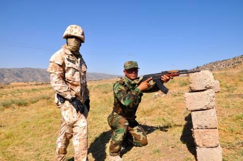I parà addestrano le truppe curde in Iraq 4