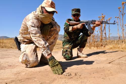 I parà addestrano le truppe curde in Iraq 5