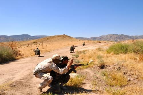 I parà addestrano le truppe curde in Iraq 10